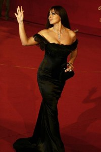 monica-bellucci-sul-red-carpet-dell.asp33240img1